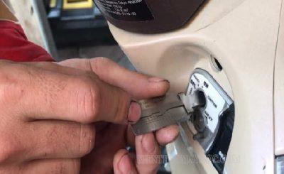 Cách xử lý ổ khóa xe máy bị kẹt
