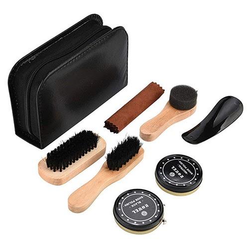 Một số dụng cụ cần thiết cho quá trình làm sạch giày