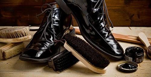 giá xi đánh giày kiwi