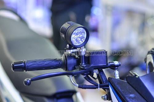 Đèn trợ sáng xe máy chính hãng lắp đặt dễ dàng