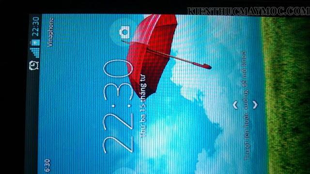 Biểu hiện màn hình điện thoại bị sọc