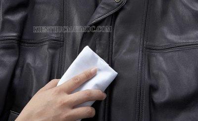 Chia sẻ cách làm sạch áo da lộn