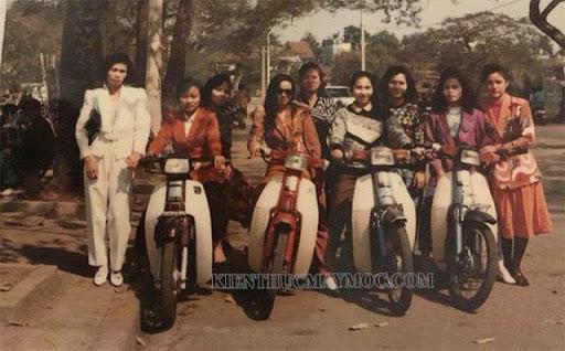 Đời xe Dream Thái thế hệ đầu tiên